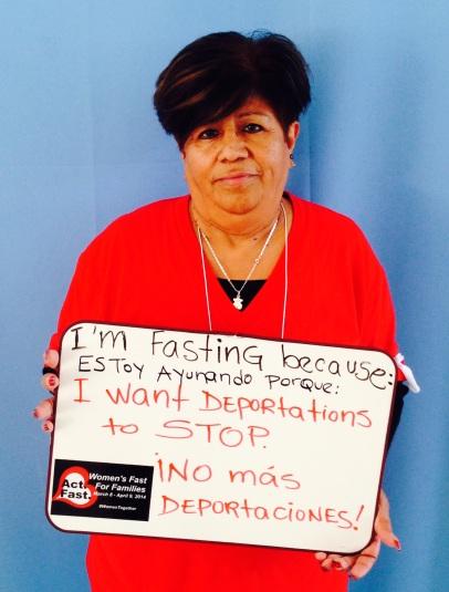 """Elisa Velazquez, Reform Immigration. """"Estoy ayunando porque quiero que PAREN las deportaciones."""""""